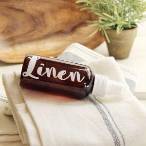 Make A Perfectly Fresh Lemon Vanilla Linen Spray / How Make A Natural Linen Spray