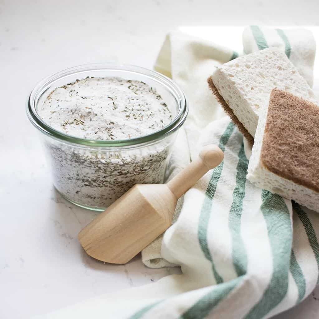 An natural, very effective homemade scouring powder for zero waste cleaning!