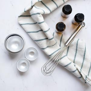 easy tips & tricks to start making bath bombs