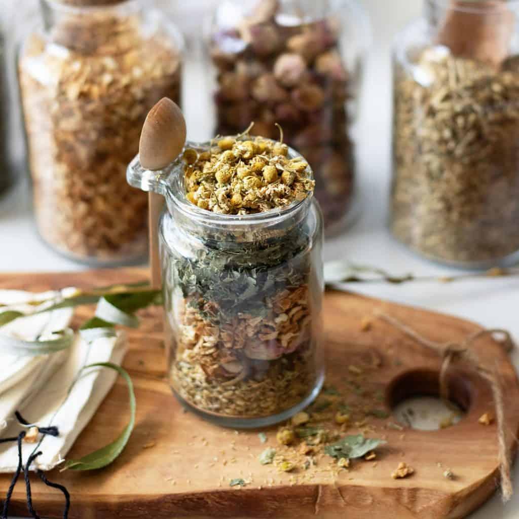Create a DIY Garden Bath Tea: A Fresh Take on Herbal Tea Garden Ideas