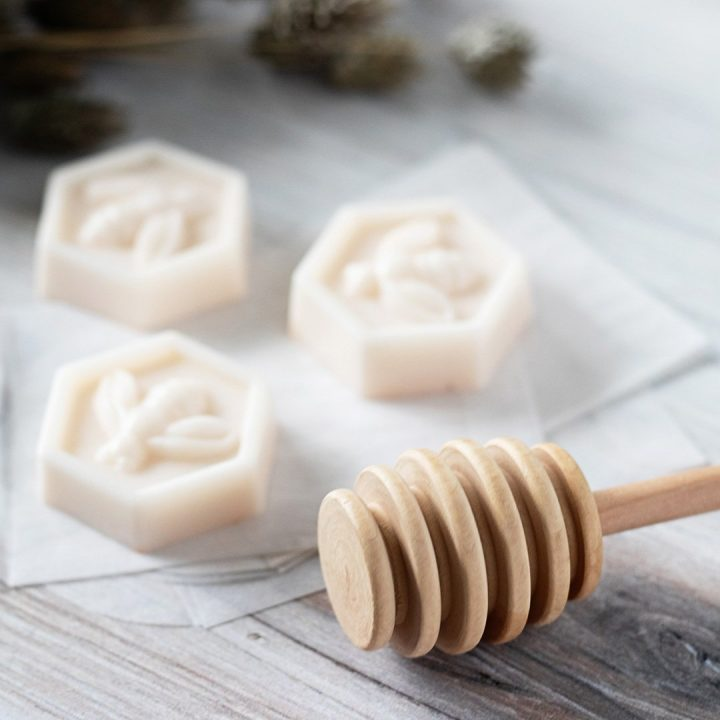 This honey and goat milk soap recipe makes easy handmade gifts for friends. The finished soaps have a classic bumble bee and honeycomb shape that makes each look expensive and elegant.