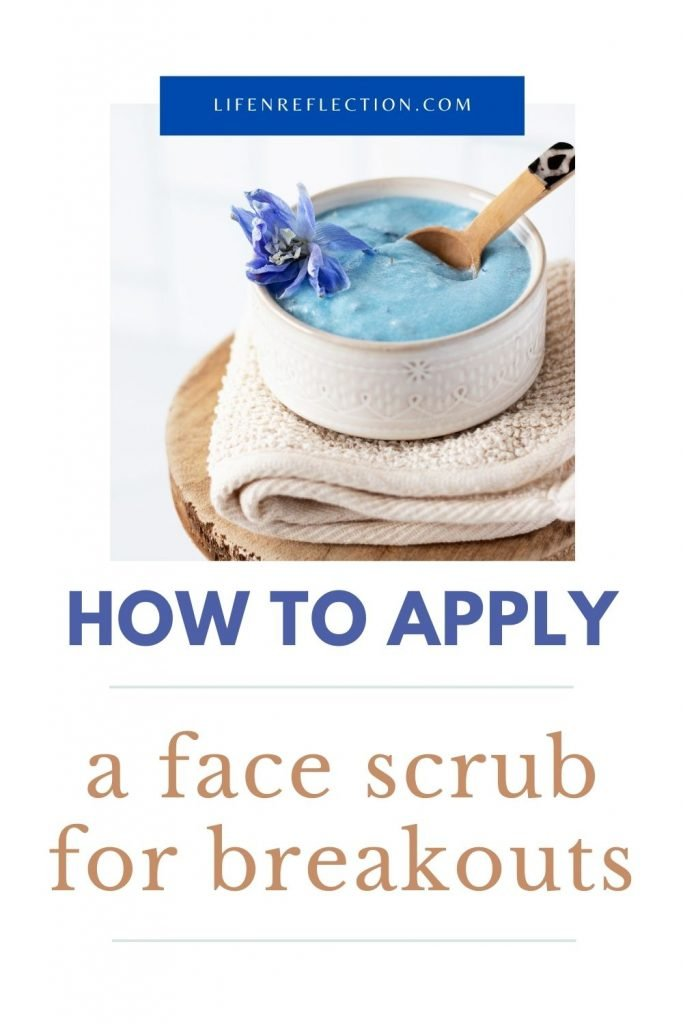 How to apply a DIY face scrub to stop breakouts!