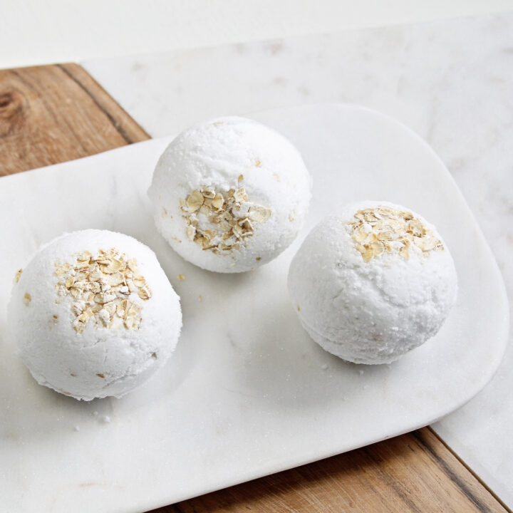 This oatmeal bath bomb recipe made with just the right ingredients proves you don't have to long for a day at the spa to feel relaxed and replenished.